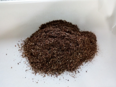 Residuos destilación tomillo rojo